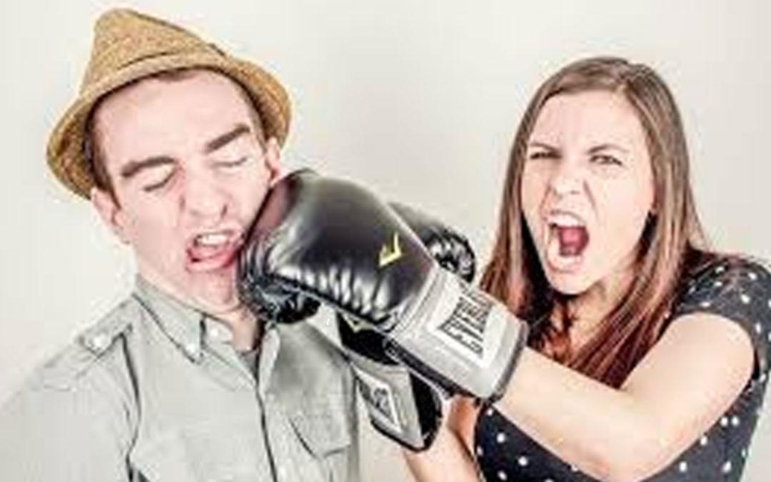 No permitas que la mala comunicación descarrile tu matrimonio